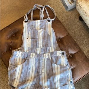 Free People Linen Overall Shorts Size 6